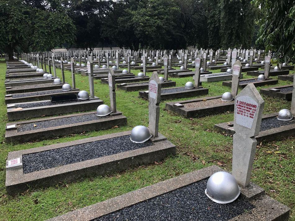 Memorial War Memorial Graveyard Outdoors No People Tree Day Indonesia_photography Indonesian Hero Cemeteries Kalibata Buried