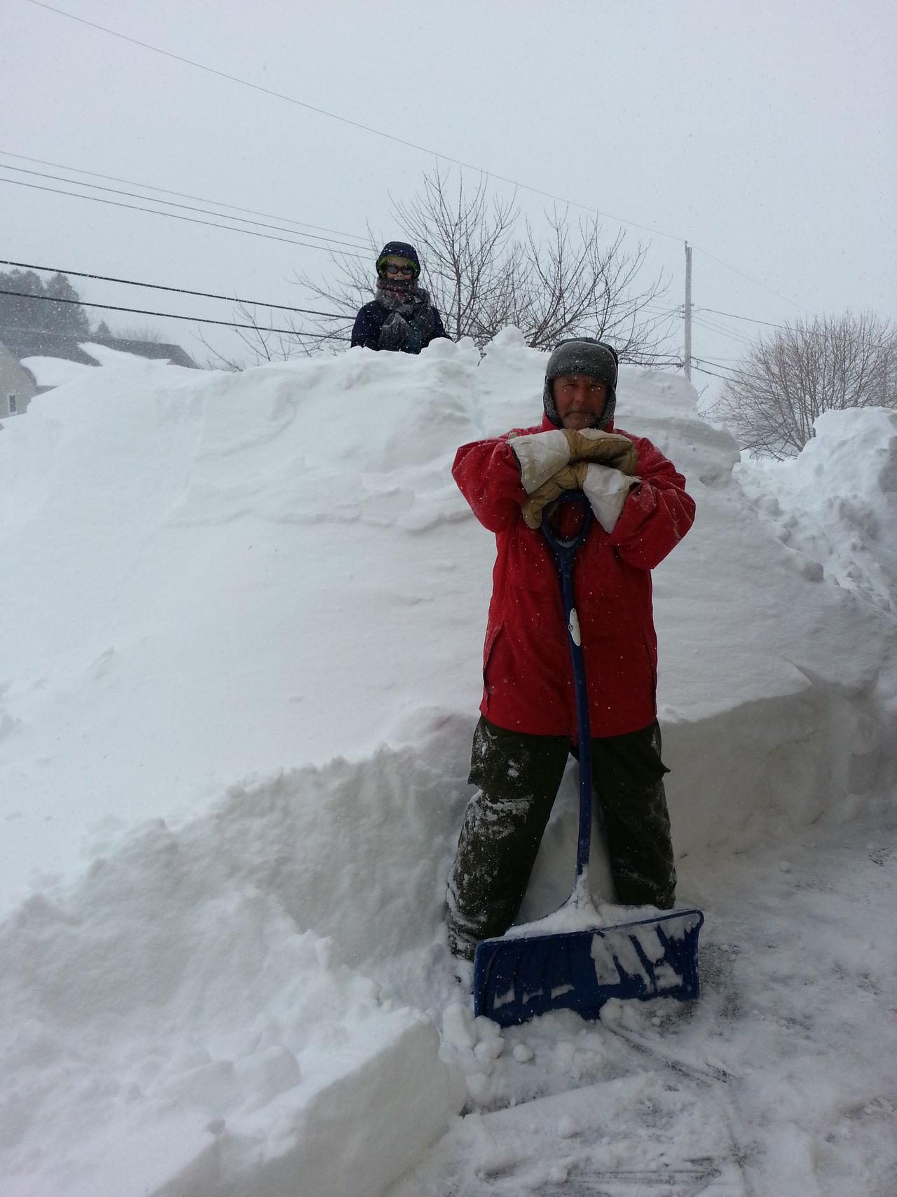 Poweroutage Winter Wintertime ⛄ Winter Morning EyeEmNewHere Snow Snow ❄ Shovelling Childhood Memories Snow Storm Manvsnature  Man Versus Nature Man Vs Nature