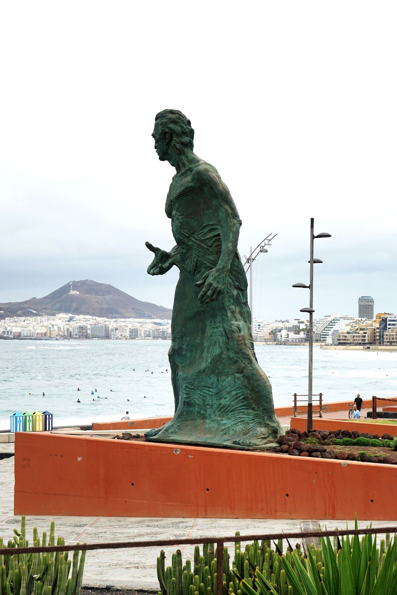 Statue Human Representation Sculpture Water Art And Craft Art Creativity Sky Park - Man Made Space Day In Front Of Sea Outdoors Memories Tranquility No People Stone Material Gran Canaria Las Palmas De Gran Canaria Las Palmas