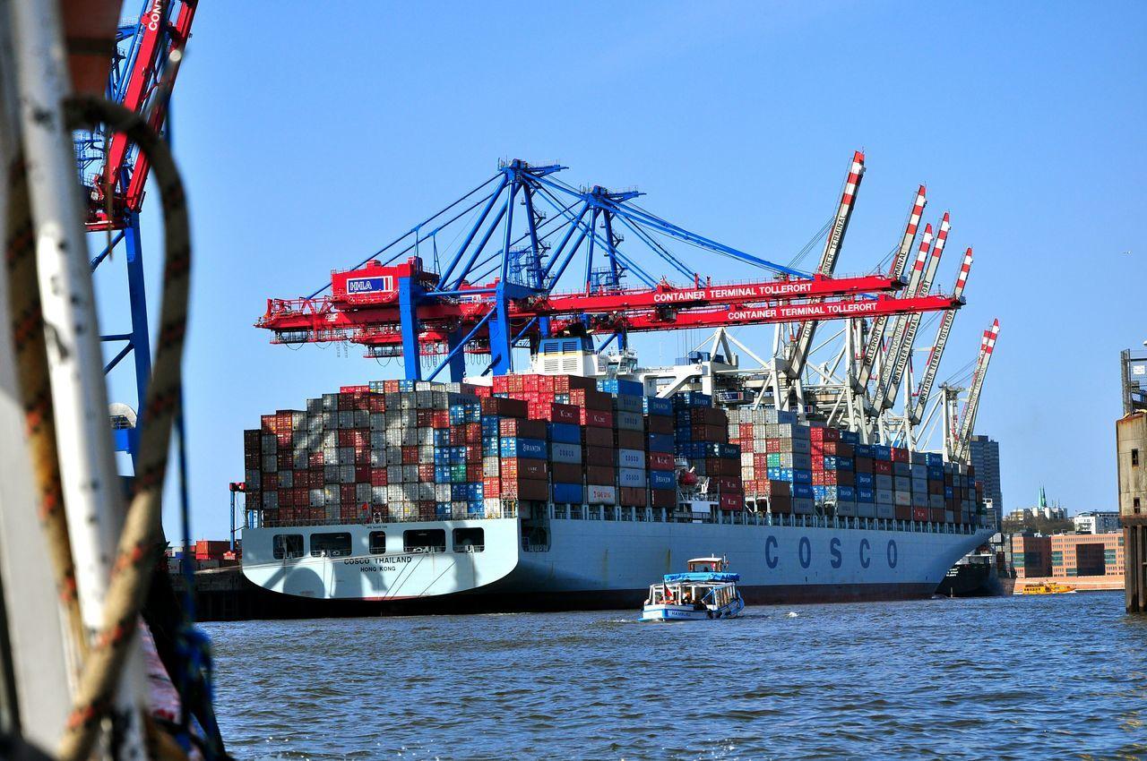 Hafen Hamburg Shipping  Freight Transportation Cargo Container Hamburg Harbour Nautical Vessel Transportation Container Ship Outdoors Water Sea River