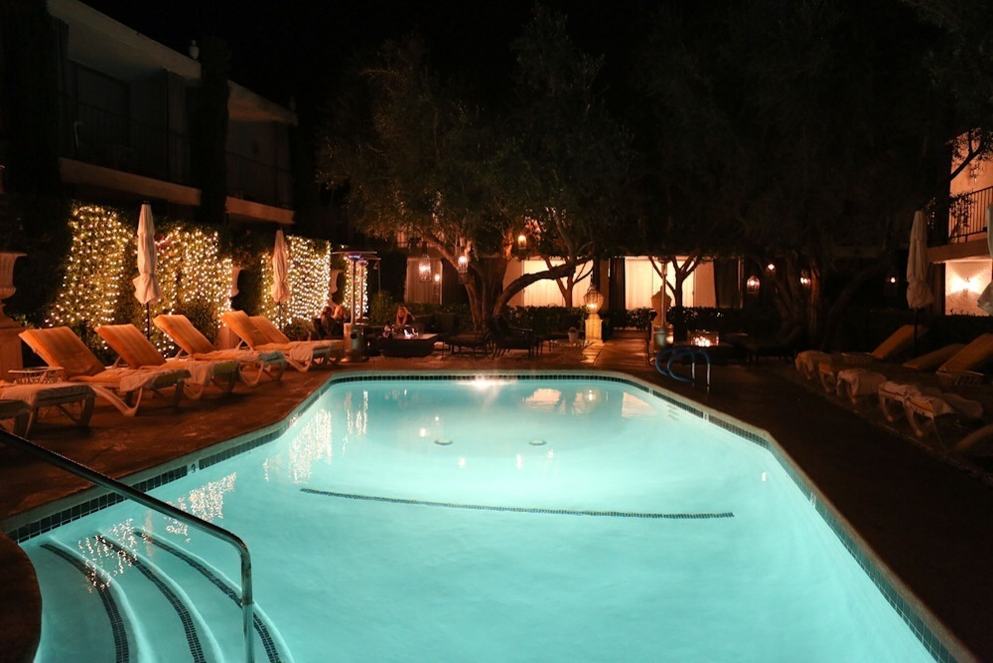 Night poolscape at the Viceroy Palm Springs