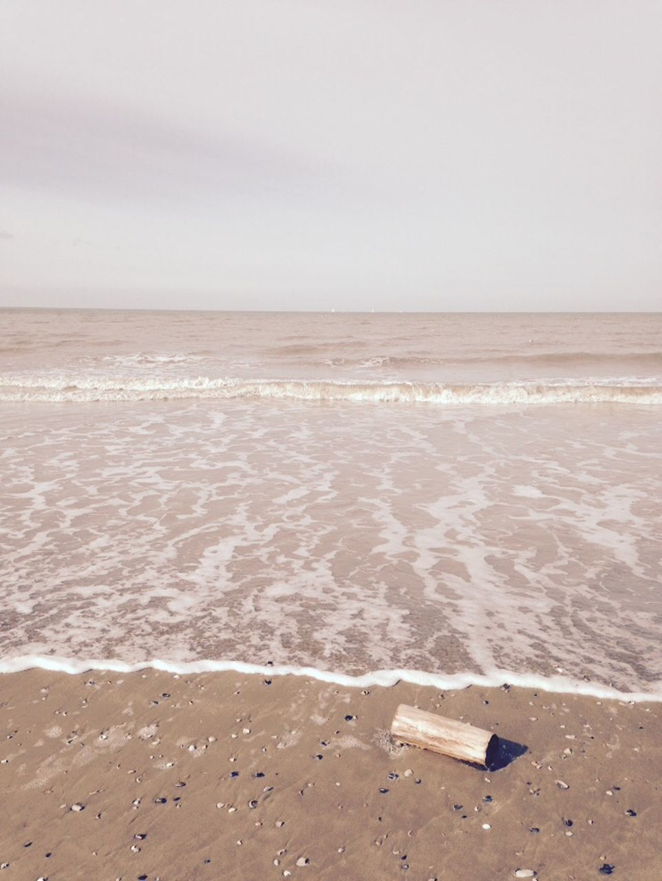 beach, sand, sea, shore, nature, water, horizon over water, beauty in nature, scenics, tranquility, no people, sky, outdoors, wave, summer, day, clear sky