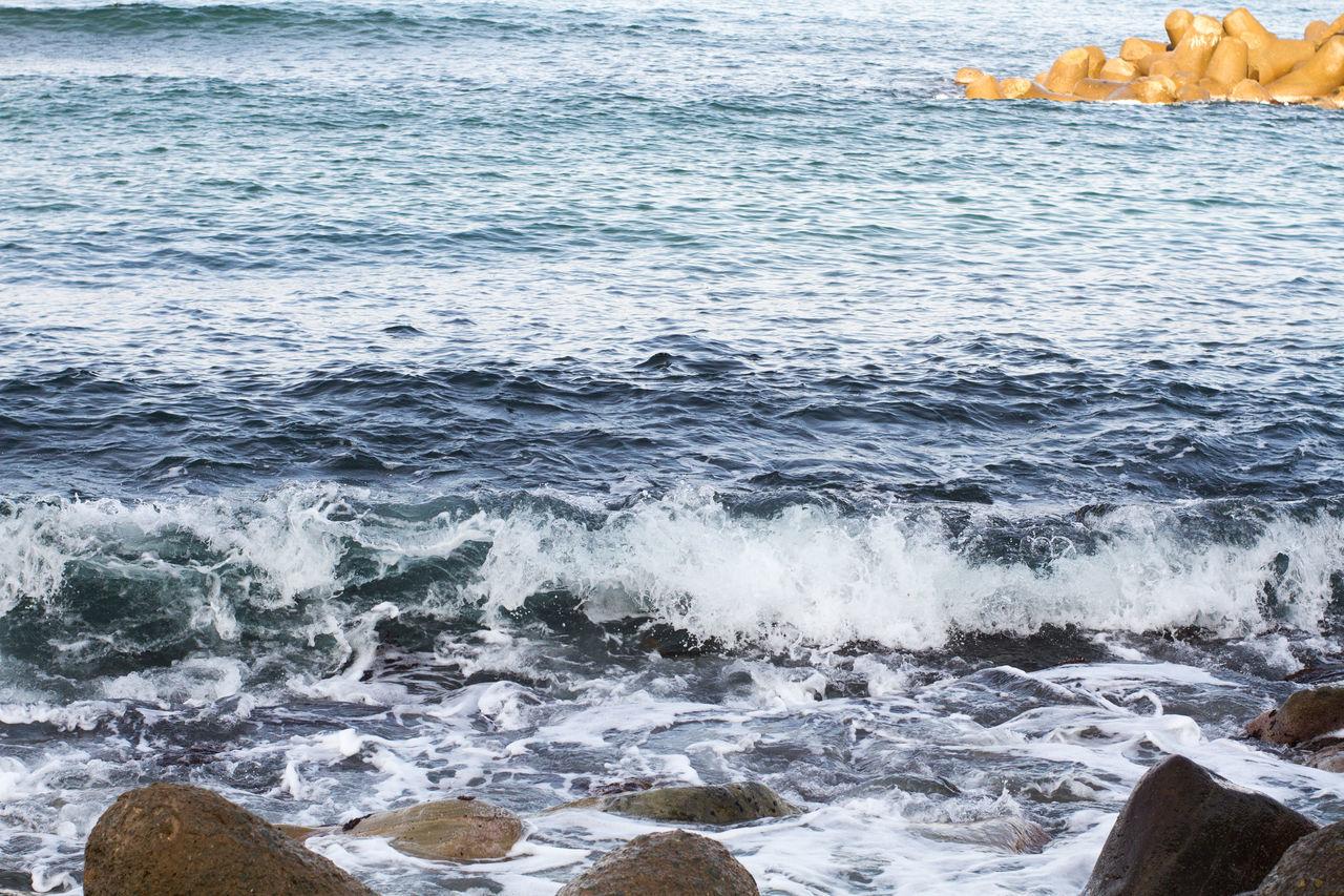 A morning in front of the beach in Japan Beach Beachphotography Breakwater Coast Coastline Cobblestone Exploring Horizon Over Water Ocean Ocean View Sea Seascape Splashing Summer Surf Trip Vacation Water Wave