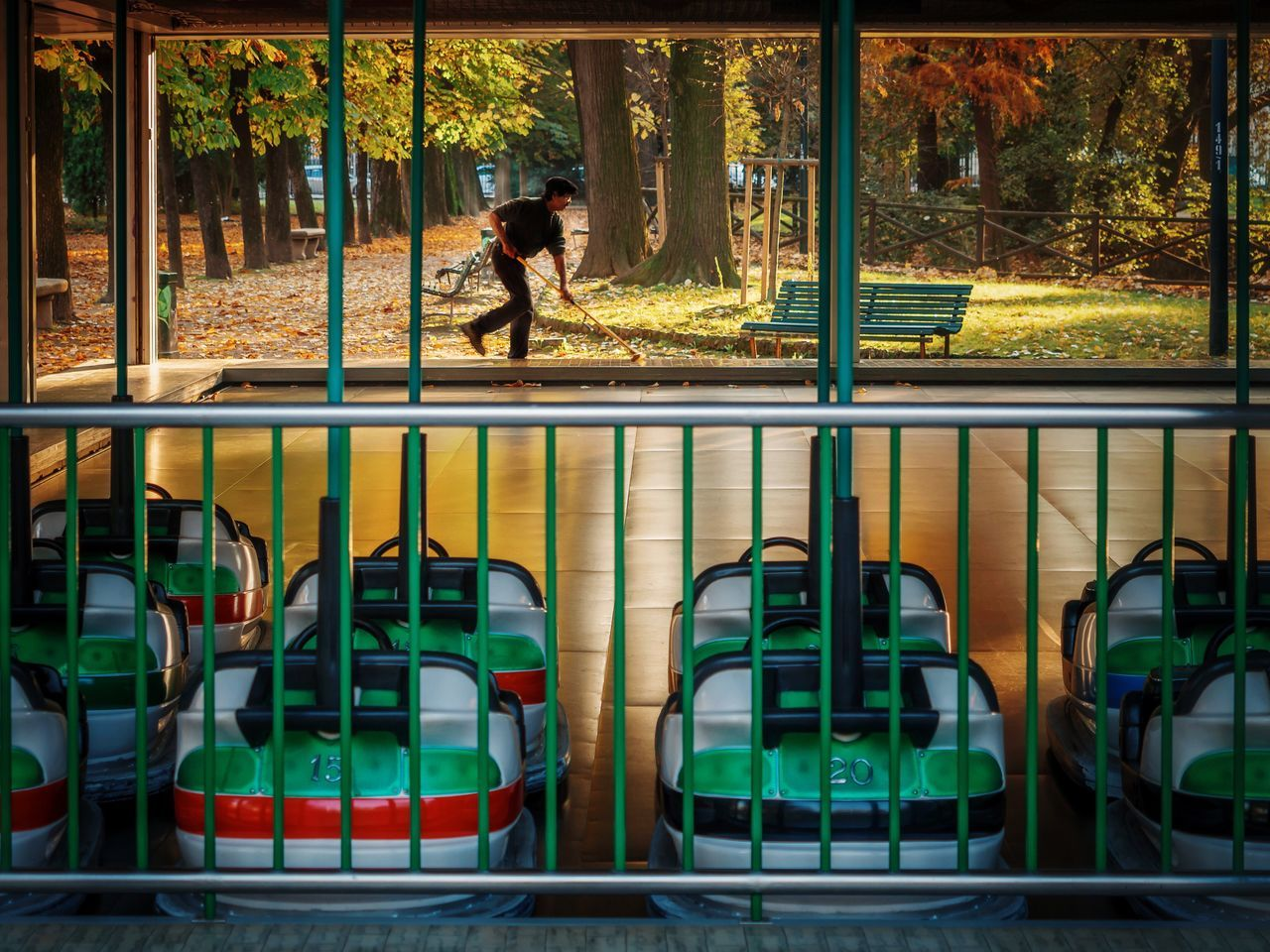 Curling // Giardini Pubblici Indro Montanelli // Autumn'16 Curling Milano Olympus Autumn Candid Streetphotography Leaves One Person Italy Snap A Stranger Beautifully Organized