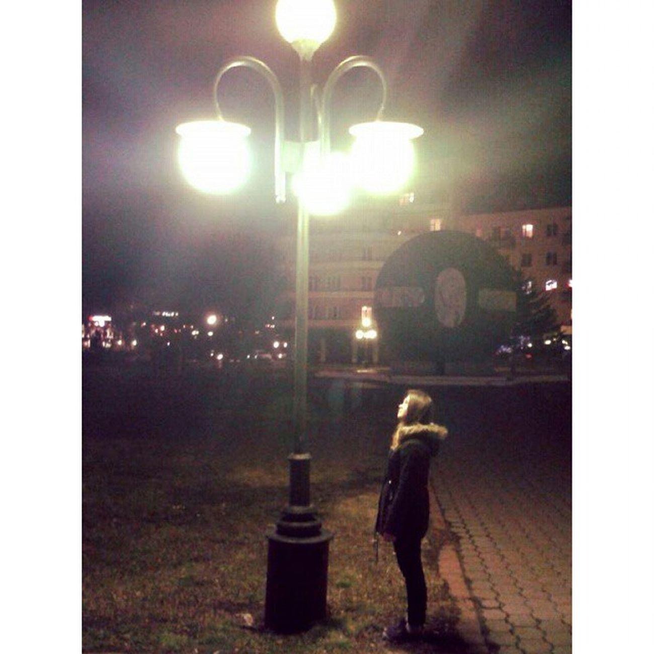 Ночь, улица, фонарь, аптека, Бессмысленный и тусклый свет. Живи еще хоть четверть века- Все будет так. Исхода нет. Ночь улица фонарь аптека АлександрБлок поэзия