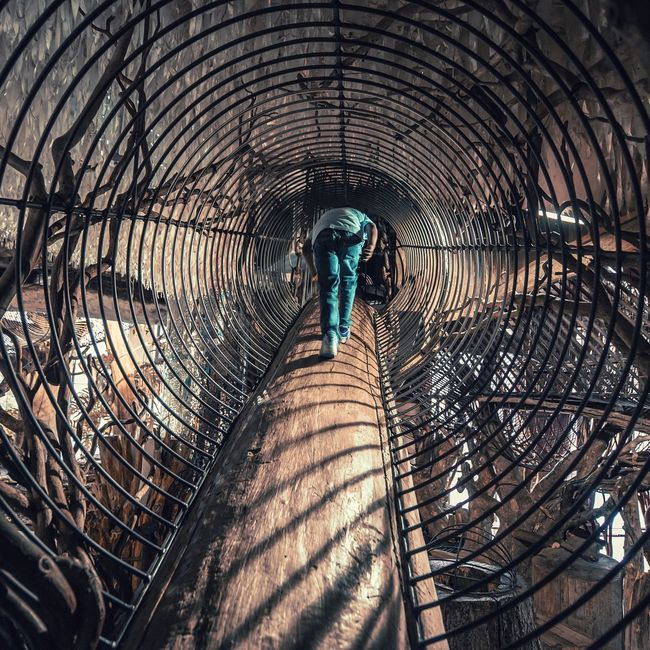 Leisure Activity Iron Metal Perspective Exercise Built Structure Exploring City Museum Stlouis Light And Shadow Tunnel Tunnel Vision Exploring New Ground Alternative Fitness Exercising Walking One Person The Architect - 2016 EyeEm Awards