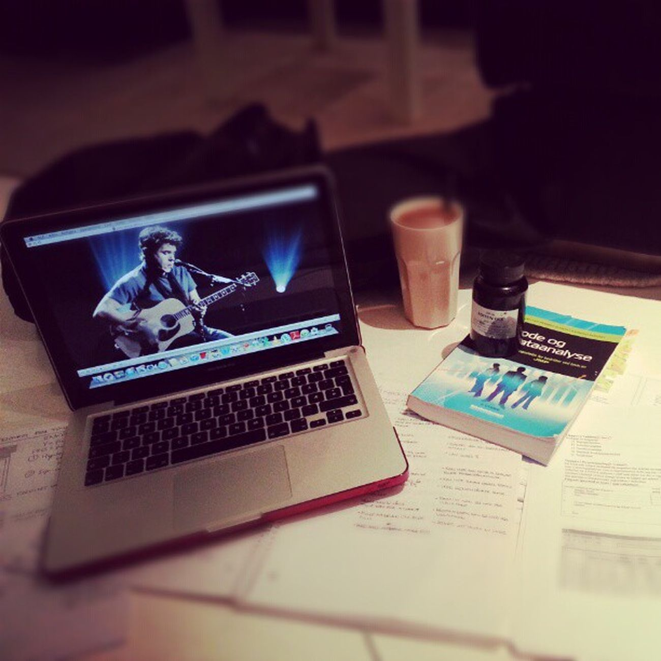 Examen tre. Dag fyra. 4am Johnmayer Methods and Data analysis koffein kick I want my life back