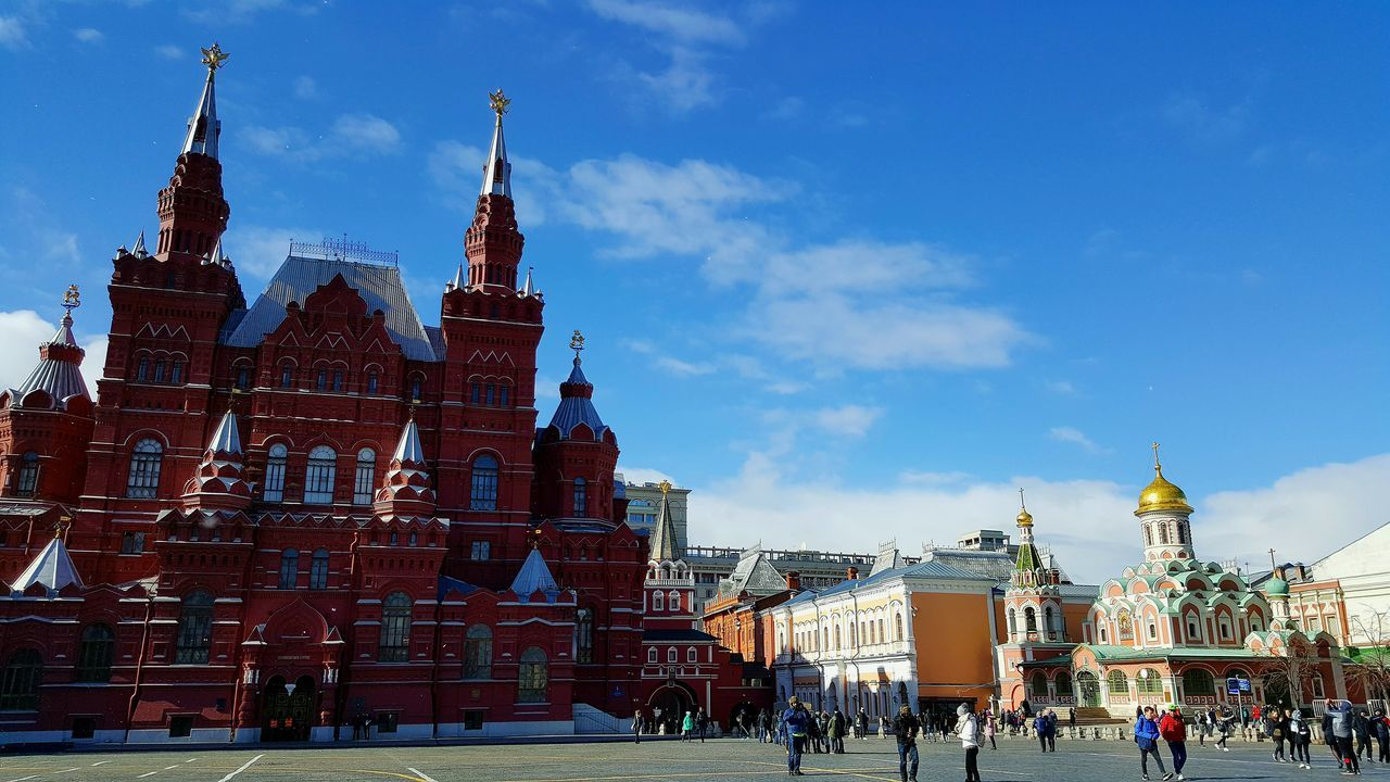 Travel Destinations Travel City Sky Outdoors Architecture Russia Moscow Architecture And Art Travel Tourism Red Square Moscow State Historical Museum Building Exterior Kazan Cathedral Cathedral Architecture Main Square