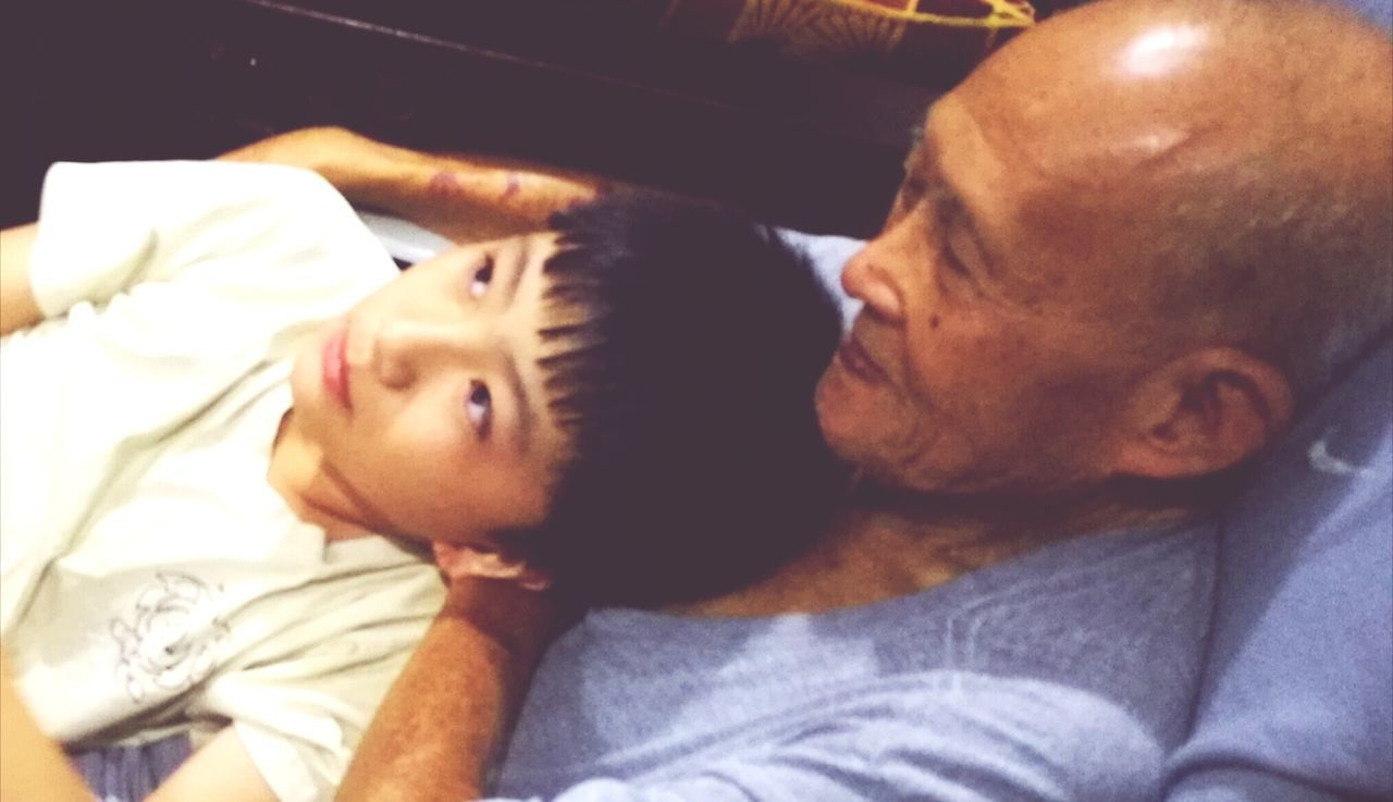People Simple Life Indoors  Grandpa's Love Relaxing At Home Boy Love Without Boundaries Two People Pampered Grandson The Week Of Eyeem