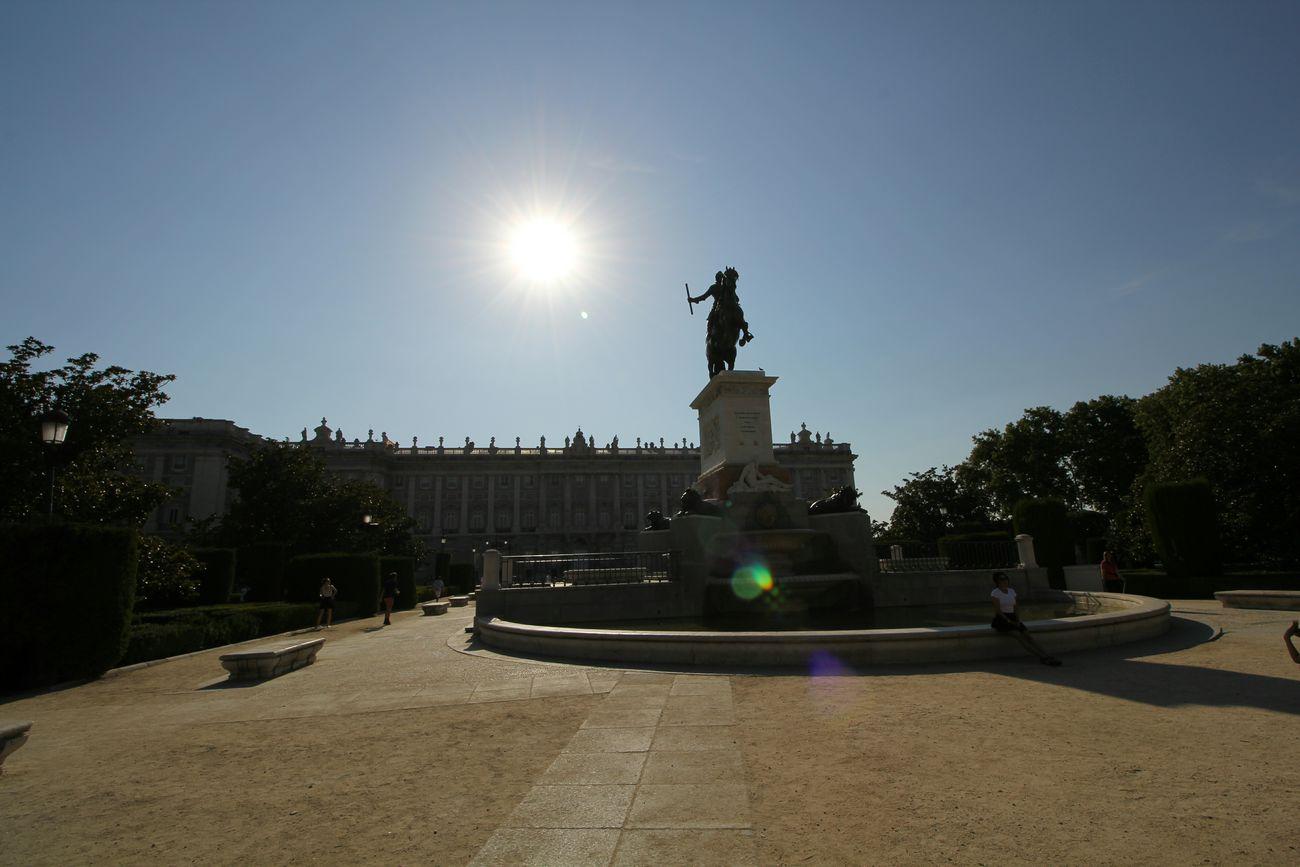 Palacioreal Monumento FelipeIV Madrid España SPAIN