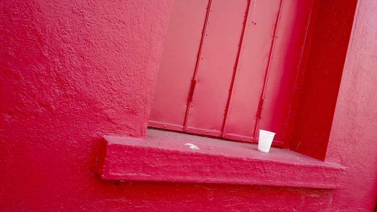 Urban Streetphotography Dark Pink By Motorola The Street Photographer - 2015 EyeEm Awards