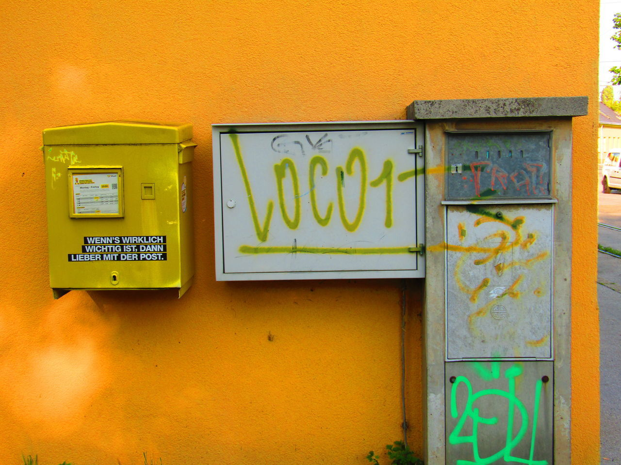Text Communication Yellow Post Architecture No People