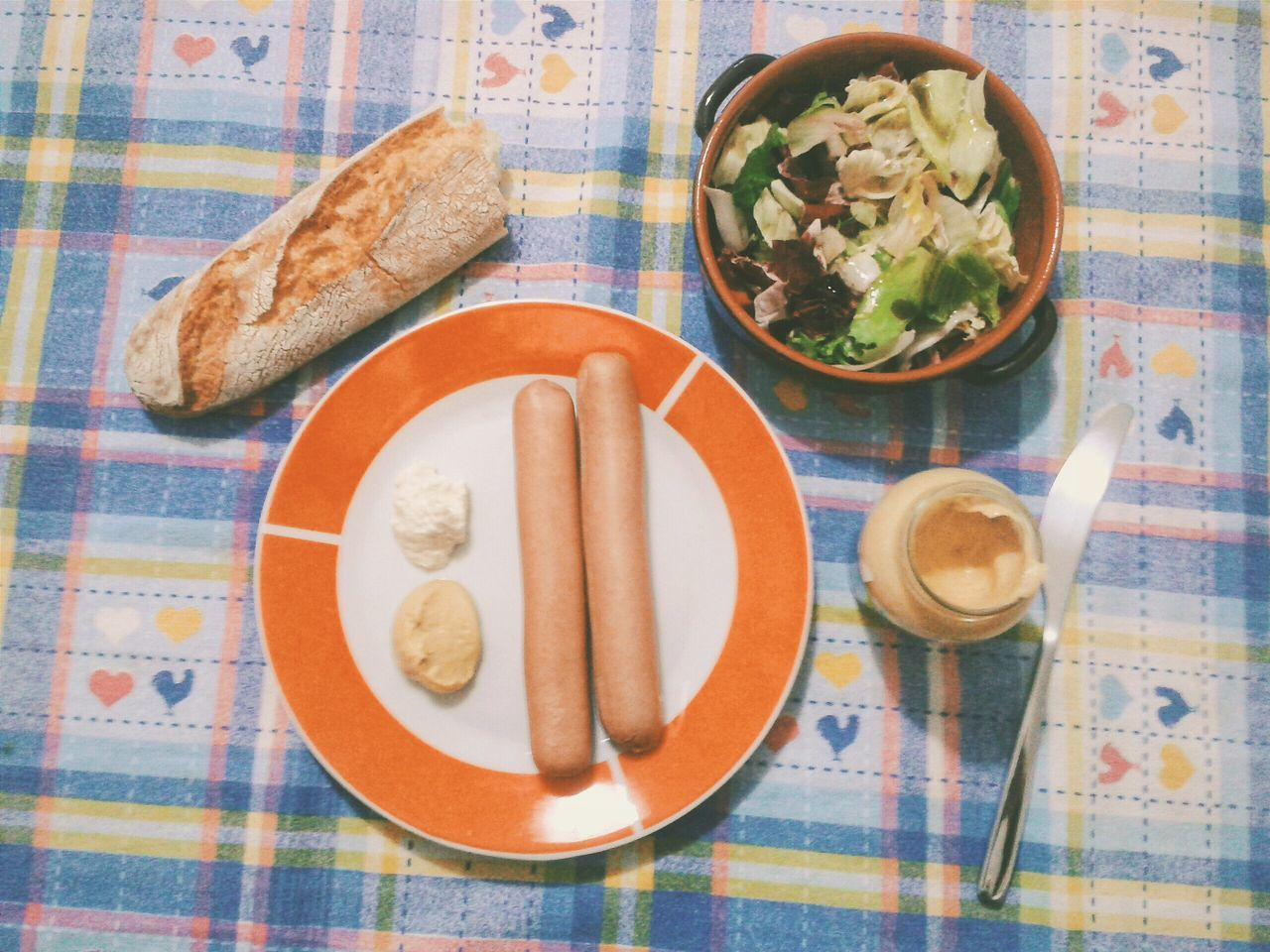 """Abendessen"". Missing real Frankfurter Sausages, just Hot-dog style Würstel. Pane Brot Baguette Kren Rafano Horseradish Senf Moutarde Senape Dinner Food Porn Food Photography Mobile Photography S3mini Camerazoomfx VSCO and EyeEm Editing / Directly Above"