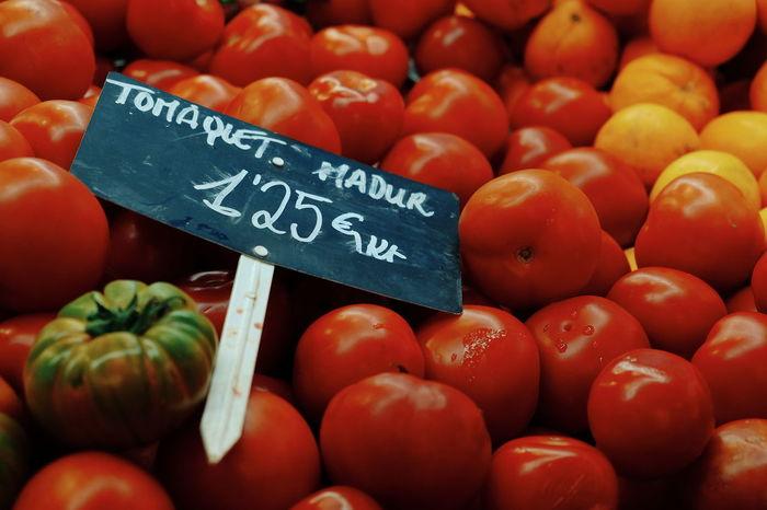 Tomàquets madurs | ripe Tomatoes Food Market