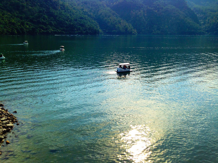 Lake View Boat Hualien, Taiwan The View And The Spirit Of Taiwan 台灣景 台灣情