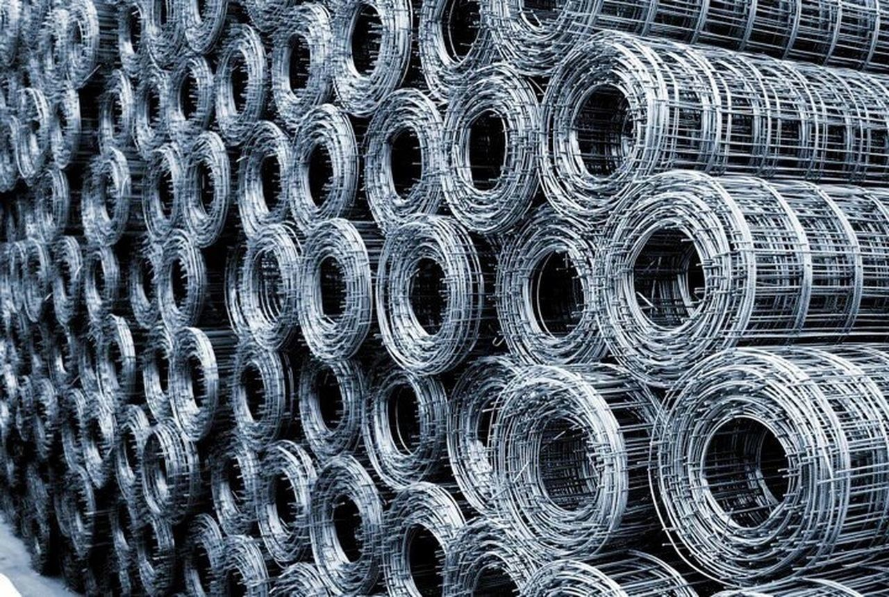full frame, backgrounds, pattern, no people, steel, close-up, outdoors, metal industry, day