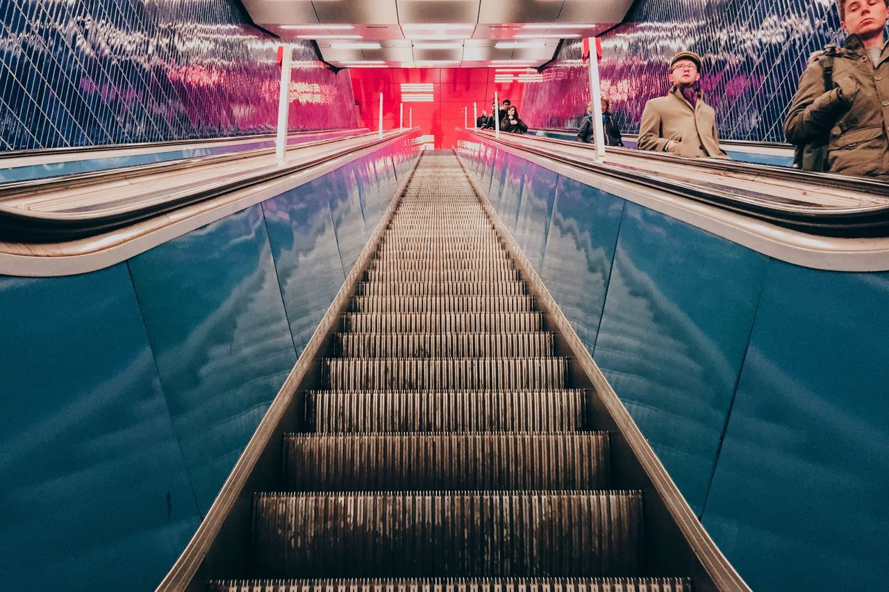 Escelator Escalator Munich Tube Underground Symmetry Symmetrical Check This Out LSD Colorful Marienplatz Hell Light And Shadow Lights Blue Red
