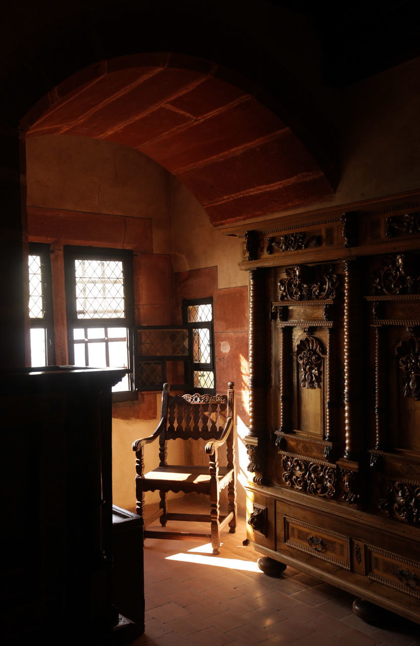 indoors, architecture, window, no people, built structure, home interior, day