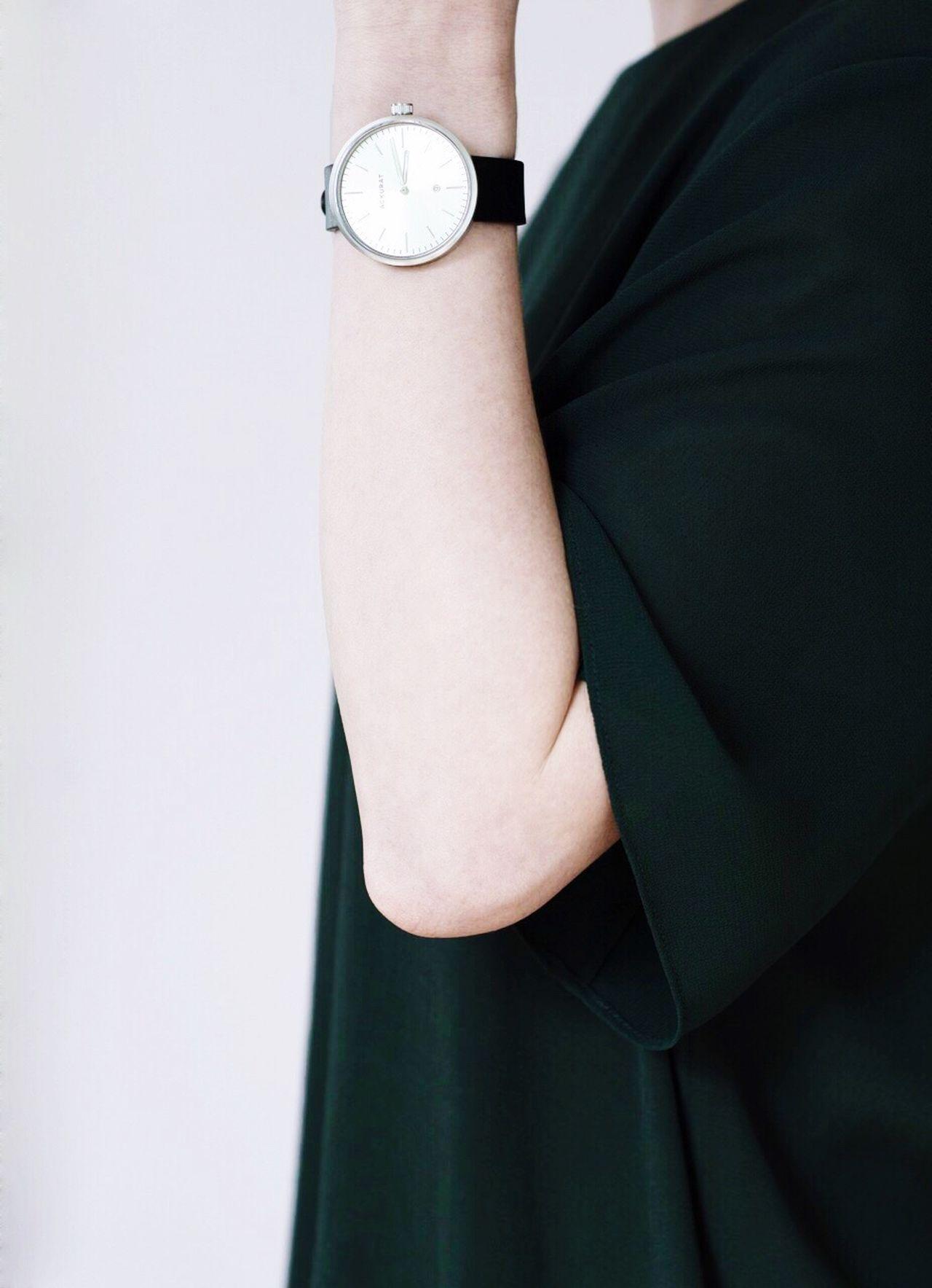 Studio Shot Close-up Clock People Vscocam VSCO Lifestyles EyeEm Best Shots EyeEm Gallery Contemporary Women Fashion Design