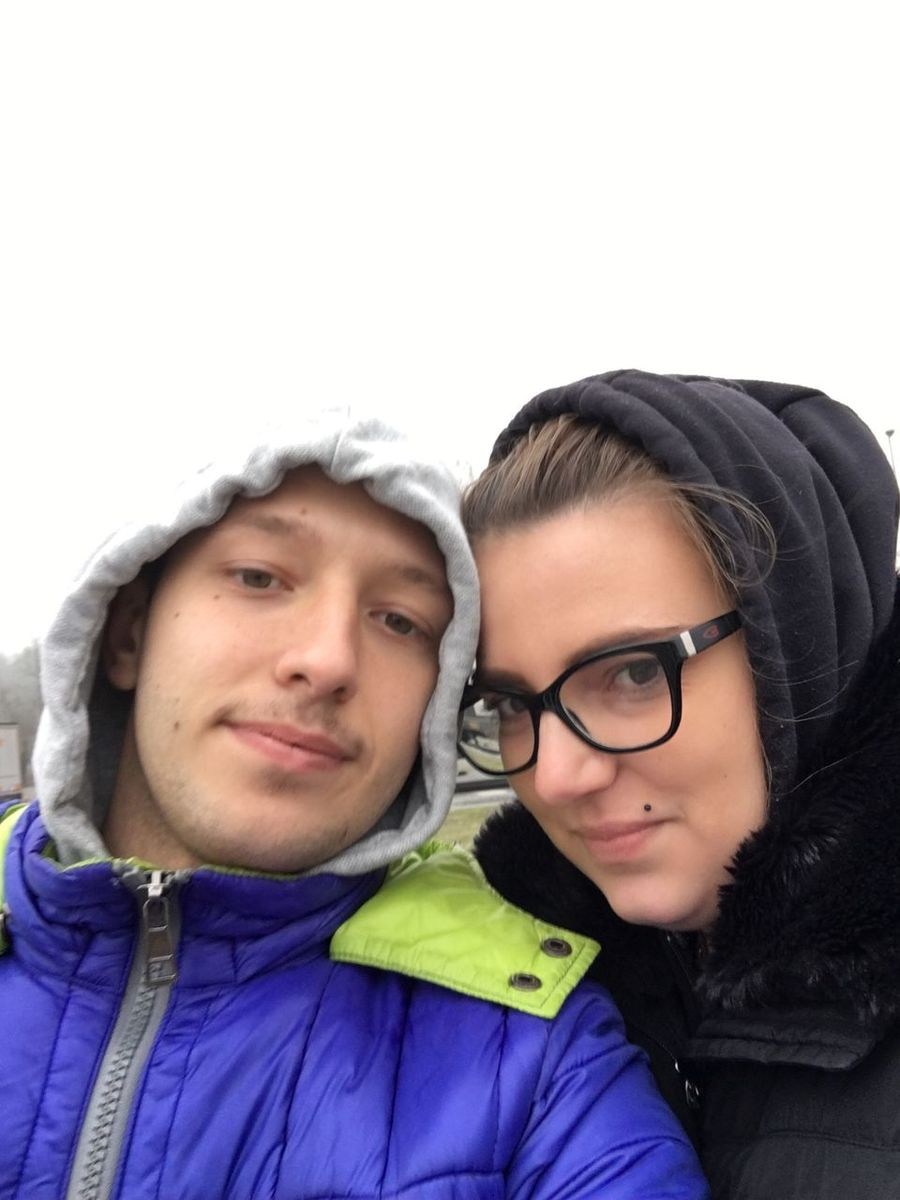 Two People Looking At Camera Headshot Portrait Young Women Young Adult Heterosexual Couple Eyeglasses  Togetherness Smiling Couple - Relationship Women Front View Bonding Love Vacations Cheerful Happiness Cheek To Cheek People