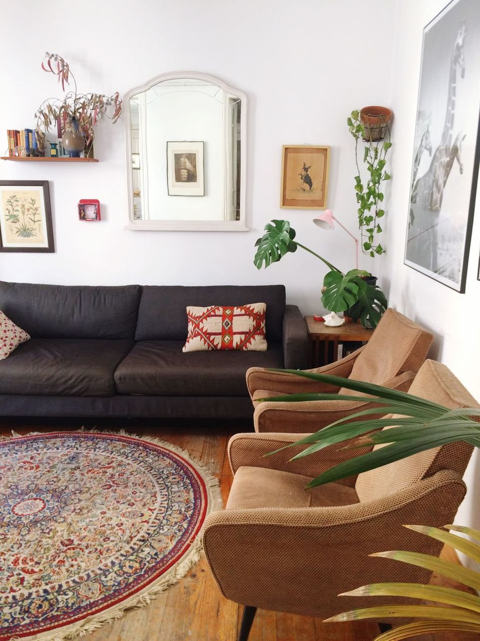Beautiful stock photos of living room, Absence, Armchair, Barcelona, Carpet - Dcor