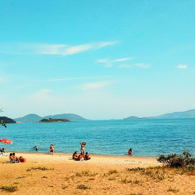 Praia Grande - Mangaratiba-RJ. 🌅📷 Vscocam Instagood Instamood 021rio riosunset picoftheday sun igers love life summer beauty photography nature followme instaSize