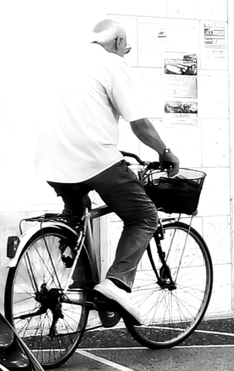 bicycle, real people, full length, transportation, one person, day, outdoors, men, people