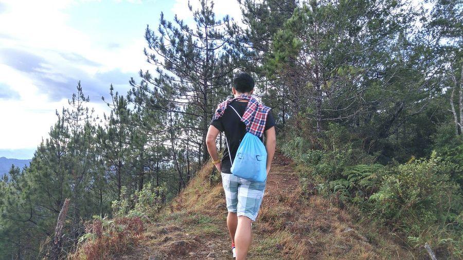 Athleisure climbing mountains! Climbing A Mountain Trees Enjoying Life Eyeem Philippines Climbing Wanderlust Idyllic Scenery Idyllic