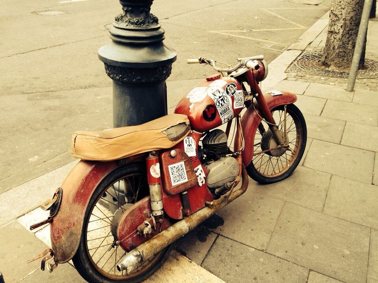 Budapest Bike Your Art Is Portable With Caseable EyeEm Best Shots OpenEdit Traveling The Drive Embrace Urban Life