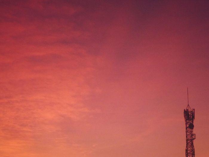 Red Orange Day Fotografia EyeEm Details Amanecer Clear Sky Amaneceres Dramatic Sky Sunlight Sky Architecture Estructuras