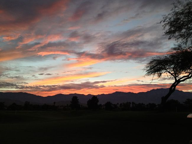 Mountain View Clouds And Sky Endoftheday Palm Springs Golfing Tee Time Last Round Sunset Desert Golf
