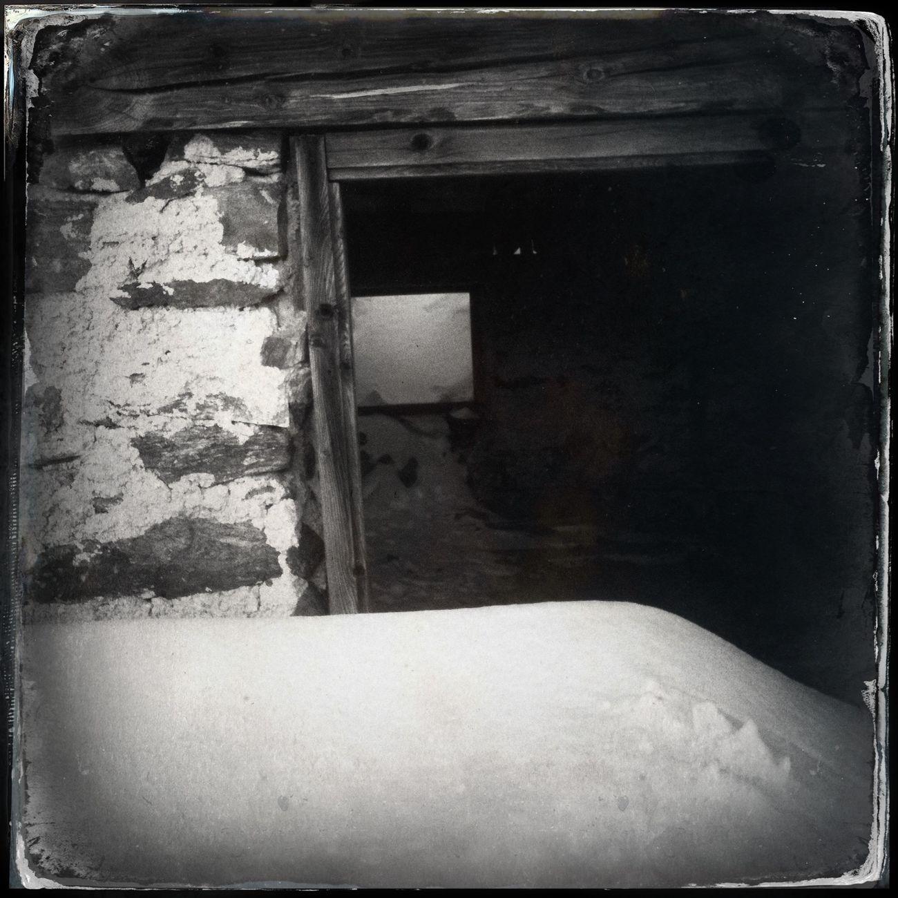 The door of the hut Kesselam The_guido Blackandwhite Hipstamatic Doors