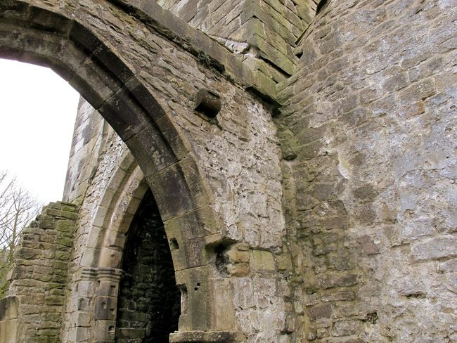 Churchporn Churches Architecture Landscapes With WhiteWall Windows Arched Windows Architectural Detail Arch Architecturelovers Landscapes Outdoor Photography Church Window Here Belongs To Me Church Ruins Ruins Old Buildings Heptonstall Yorkshire Church Ruin Wall Stones Lined Up Frame It Stone