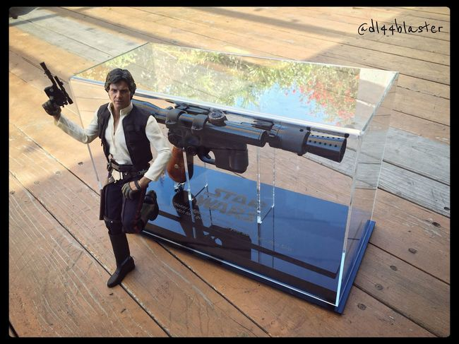 Starwars Rogue On A Star Wars Story Dl44 Dl44blaster Thefirstorder Rogue One Han Shot First Bb8 Theempirestrikesback TheForceAwakens Anewhope Chewie Hansolo Hot Toys