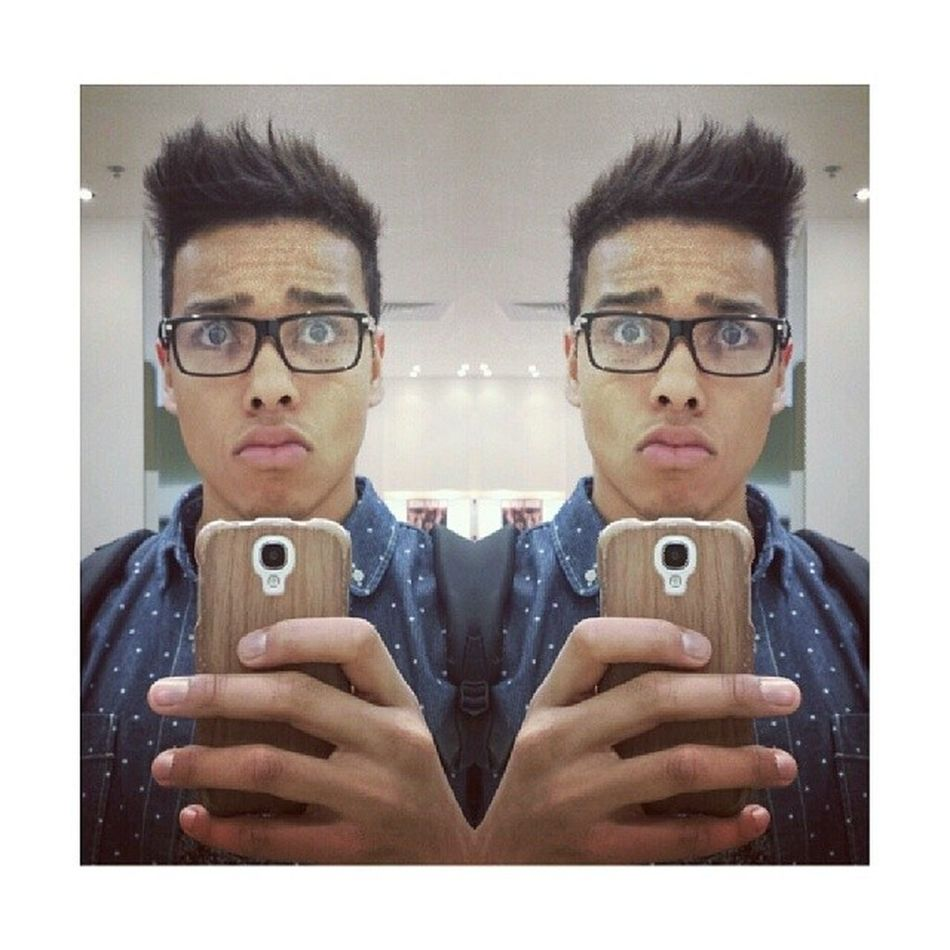 I genuinely need glasses tonsee better. Whichtypetho Decisions Glasses Eyesight nerd dork visionproblems new sunday samsung pout mirrorselfie gucci or dior $$$ london picoftheday igdaily follow like l4l tweegram instagramhub