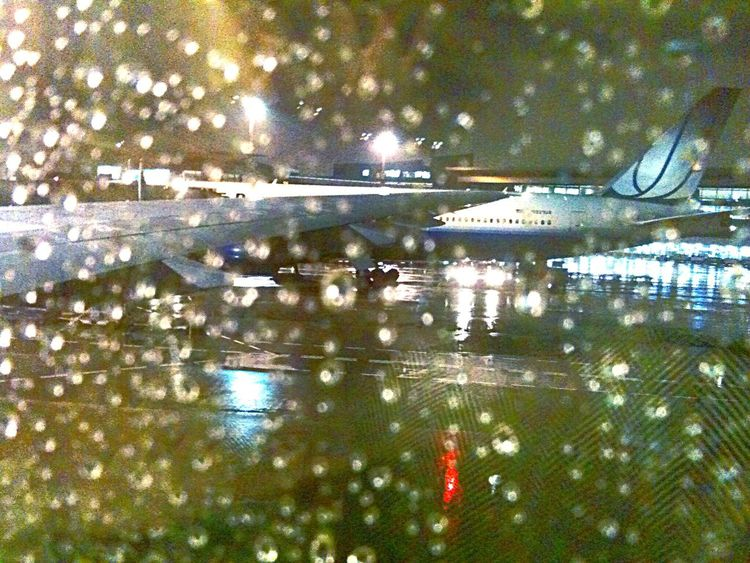 Sound Of Lifeing] NARITAAIRPORT Unitedairlines Raining Day In The Plane From An Airplane Window Notes From The Underground Hello World Travel By Puk✈️