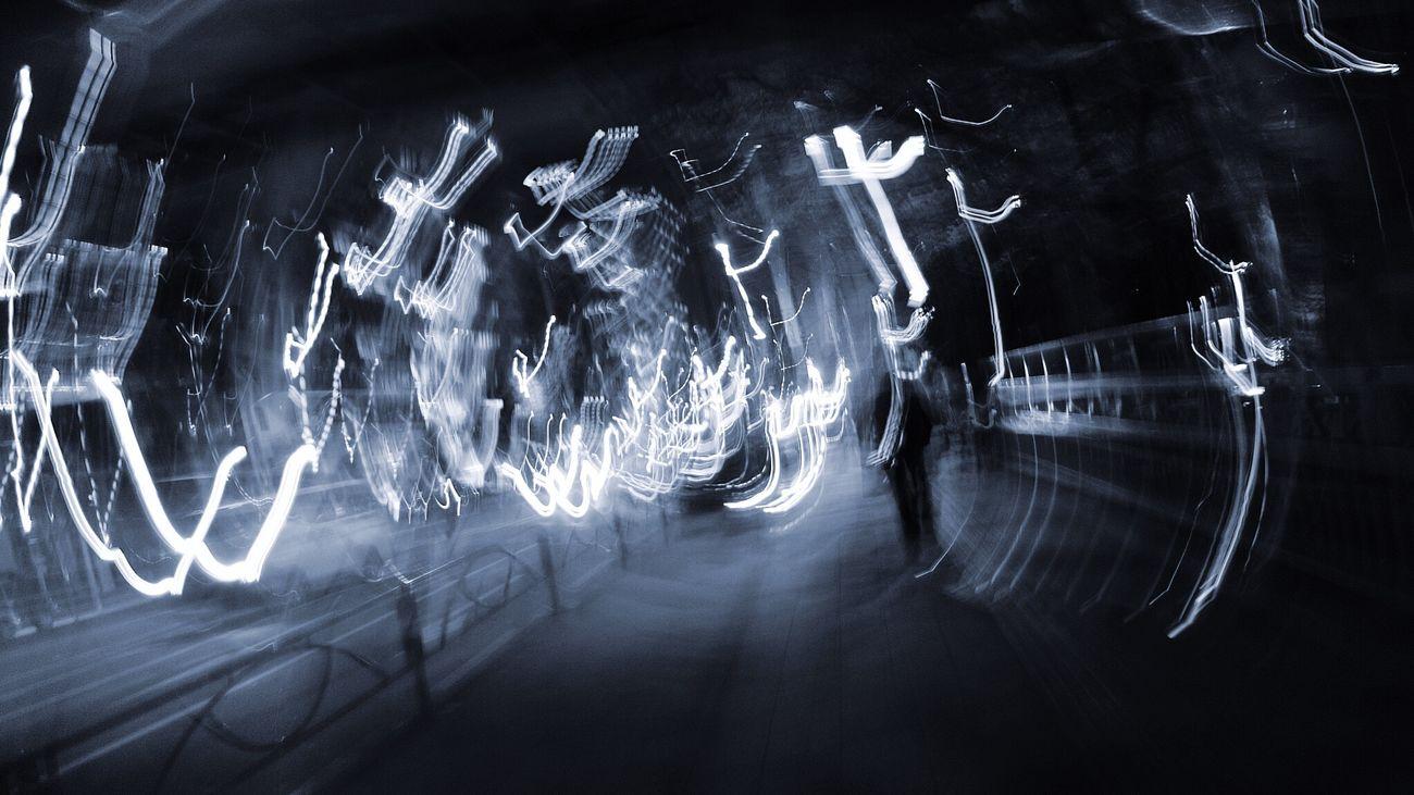 小走りに Running Run Bure Light And Shadow Lightandshadow Monochrome Blackandwhite Monochrome_life