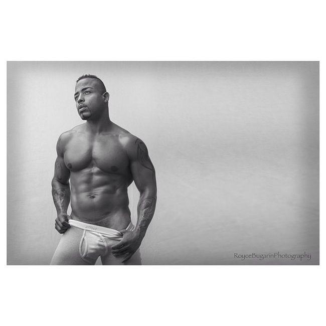Deewhitt Roycebugarinphotography Male Malemodel  model modeling body muscle deepinthought 2xist @roycebugarin