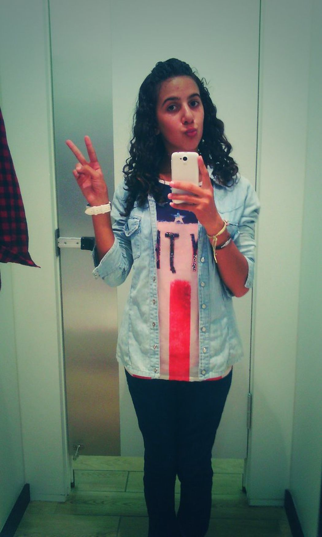 Being Silly Peace ✌ Ootd ✌ Popular Photos
