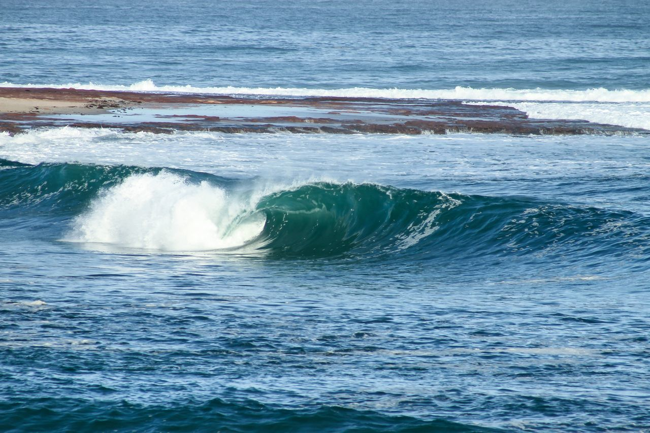 Inside runner. First Eyeem Photo Surf Photography Sea Ocean Beach Waves Surfing Surf Water Wedge