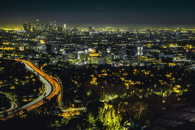 A Beautiful View of Hollywood and Losangeles from the Hollywood Bowl Scenic Overlook ,forgot my Tripod and had to improvise, took a couple of Shots before i could get it perfect! Landscape Cityscape City View  Sony A6000 California Wildlife Outdoors Light Streaks Long Exposure Hollywood Bowl Learn & Shoot: After Dark Canon Fd 50mm Lens