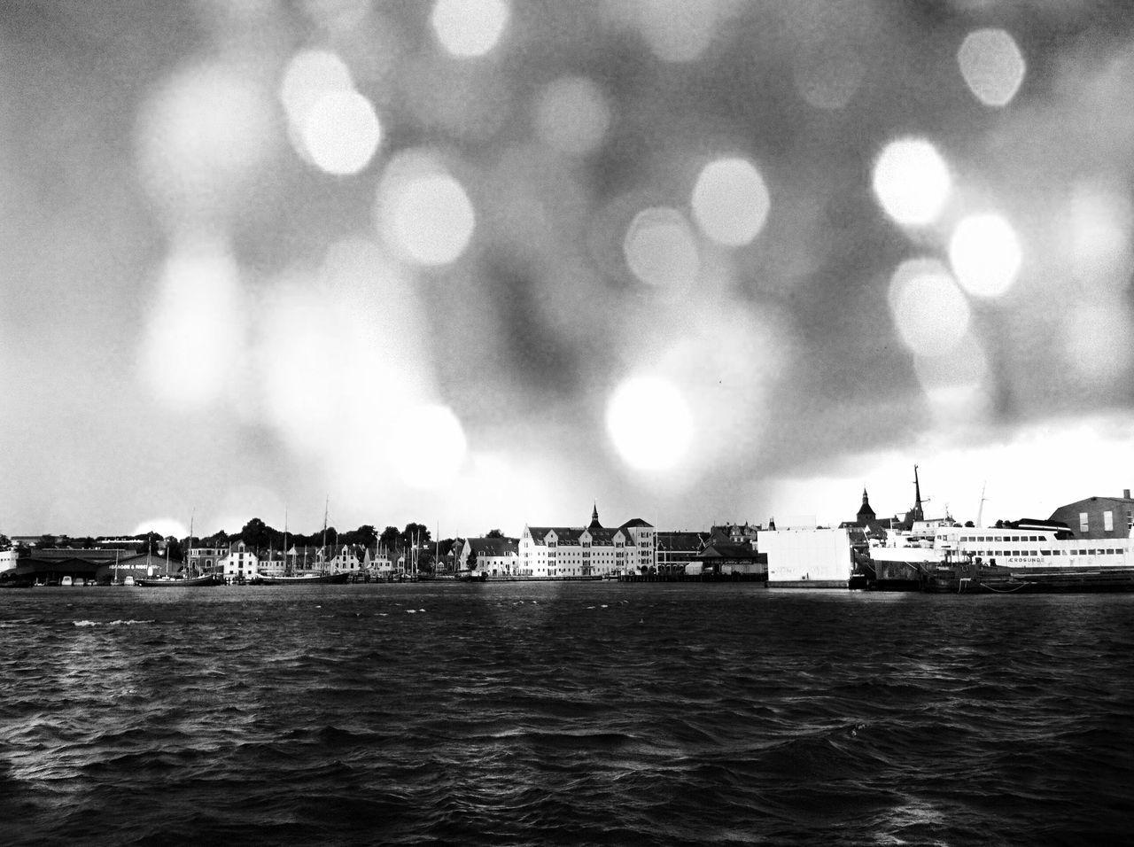 Raindrops Stormy Weather Shipping  Cityscapes Baltic Sea Danmark Svendborg Adventure