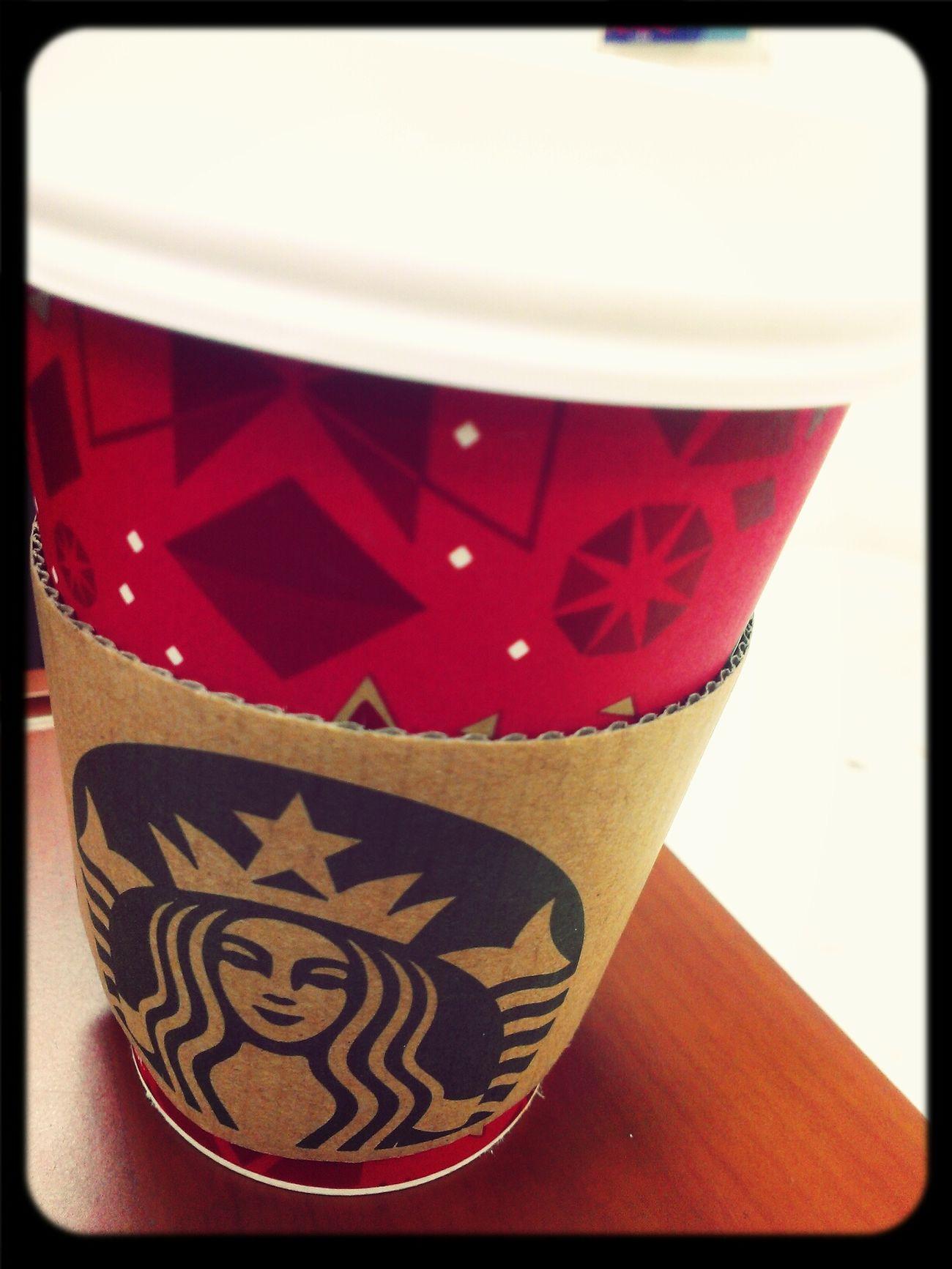 Starbucks Coffee Latte冷冷的就是要喝熱那堤。