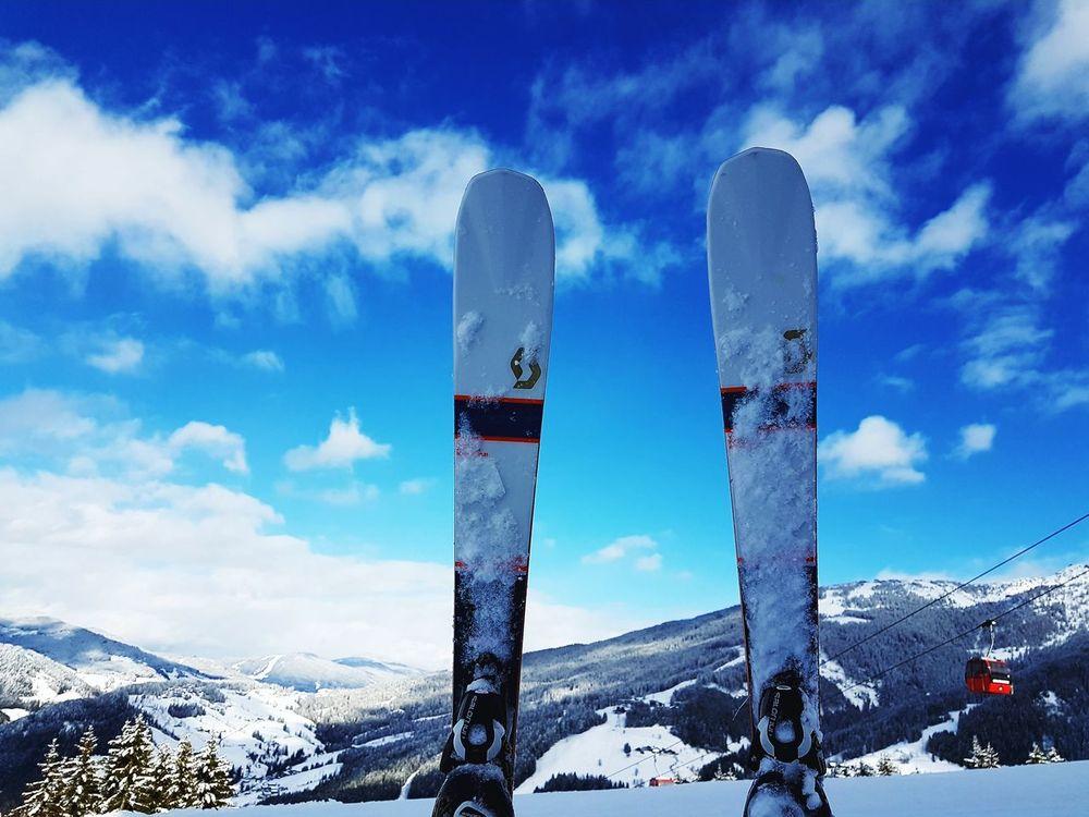 Sitting near Önkel-Toms Hütte Ski Lift Skiing Snow Mountain Cloud - Sky No People Blue Cold Temperature Day Outdoors Landscape Sport Frozen Nature Sky Horizon First Eyeem Photo