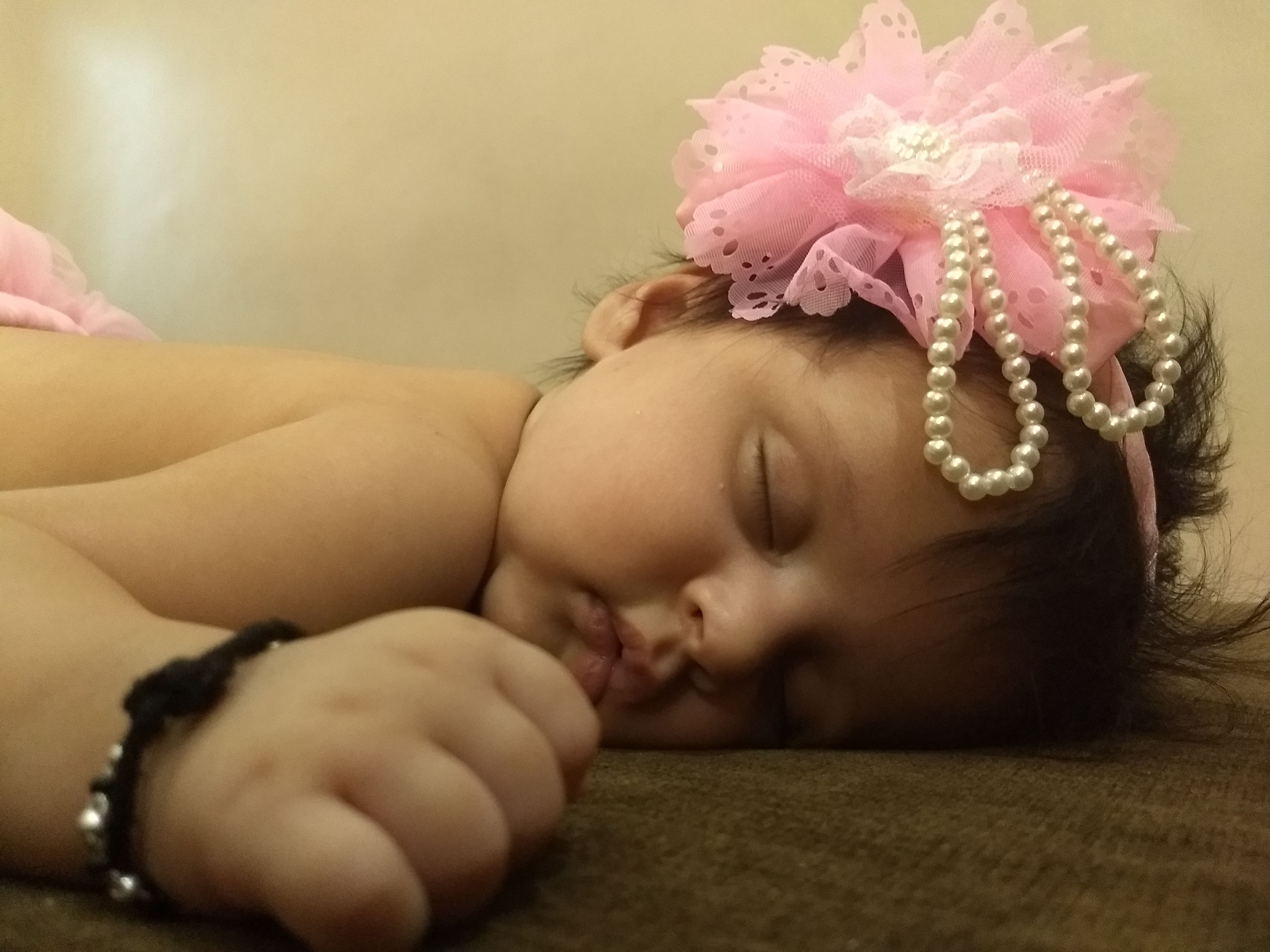 innocence, indoors, baby, home interior, close-up, babyhood, one person, people, babies only, day, adult