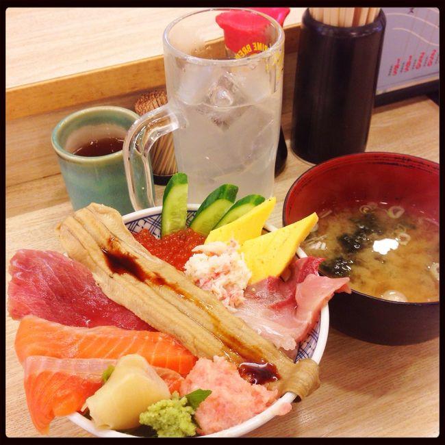 殺人的な猛暑には、レモンサワーと海鮮丼♪( ´▽`) Lunch Kichijoji
