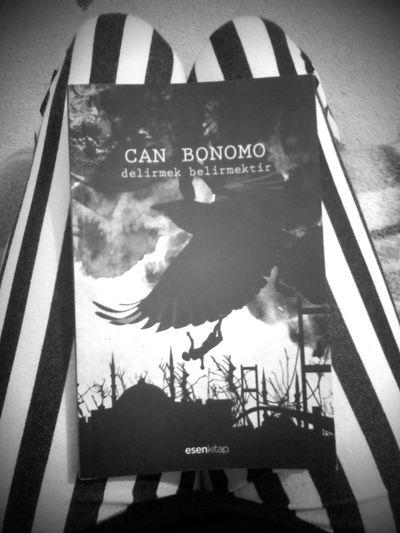 Black & White Can Bonomo Siir Kitap