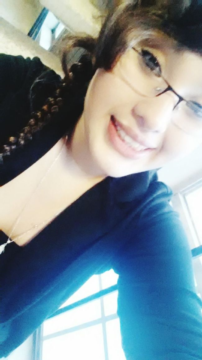 Its such a beautiful day. Good Morning ^-^ Happy Stephanie Just Smile :)
