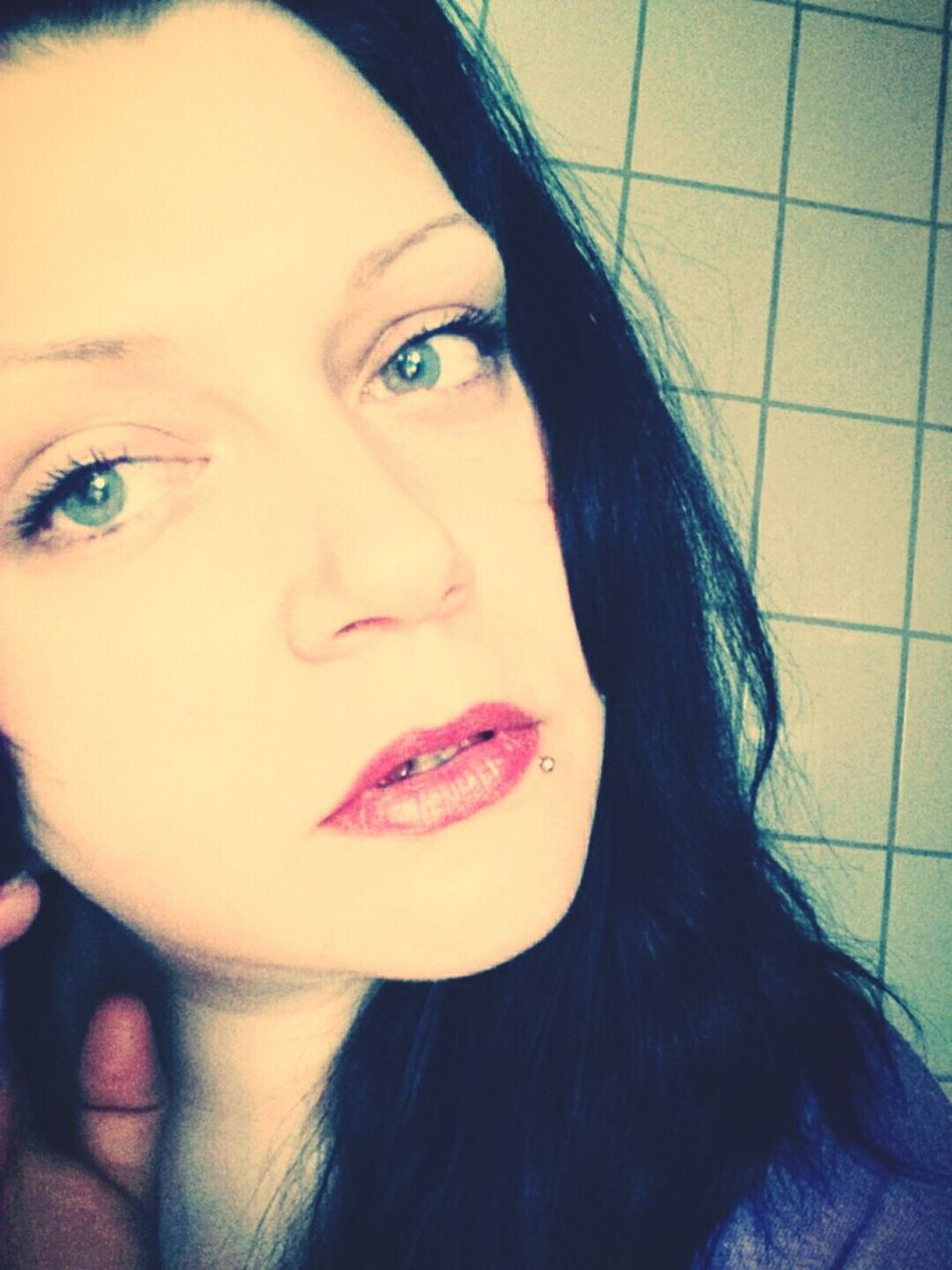 Little Piece Of Me Haus Am Fluss Düren Don't be so shy. Show courage, be strong.
