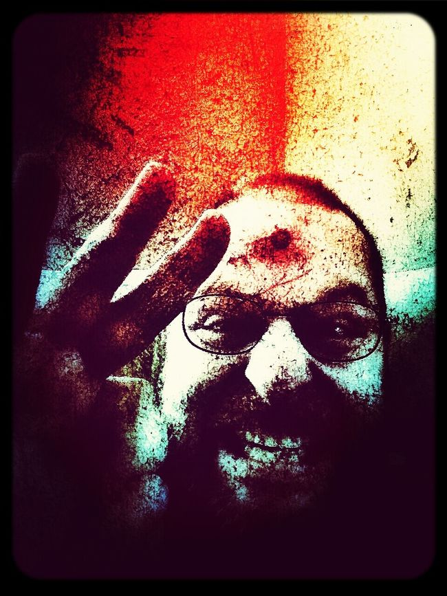 For the Horror buffs...Zombie Apocalypse! Snapseed Have A Frightful Halloween ;) Led By Edits... Halloween Horrors